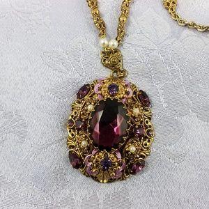 Vintage amethyst color on goldtone necklace